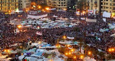 Piazza Tahrir, al Cairo, dove per diciotto giorni centinaia di migliaia di manifestanti antigovernativi hanno dato inizio alla rivolta contro il presidente Hosni Mubarak [© Corbis]