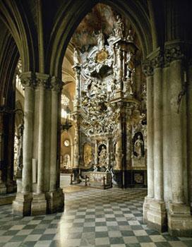 L'altare <I>El transparente</I> (1730), opera dello scultore Narciso Tomé, nella Cattedrale di Toledo