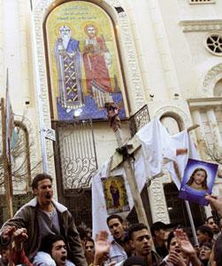 La manifestazione di protesta della comunità copta ortodossa di Alessandria, il 1° gennaio 2011 [© Afp/Getty Images]
